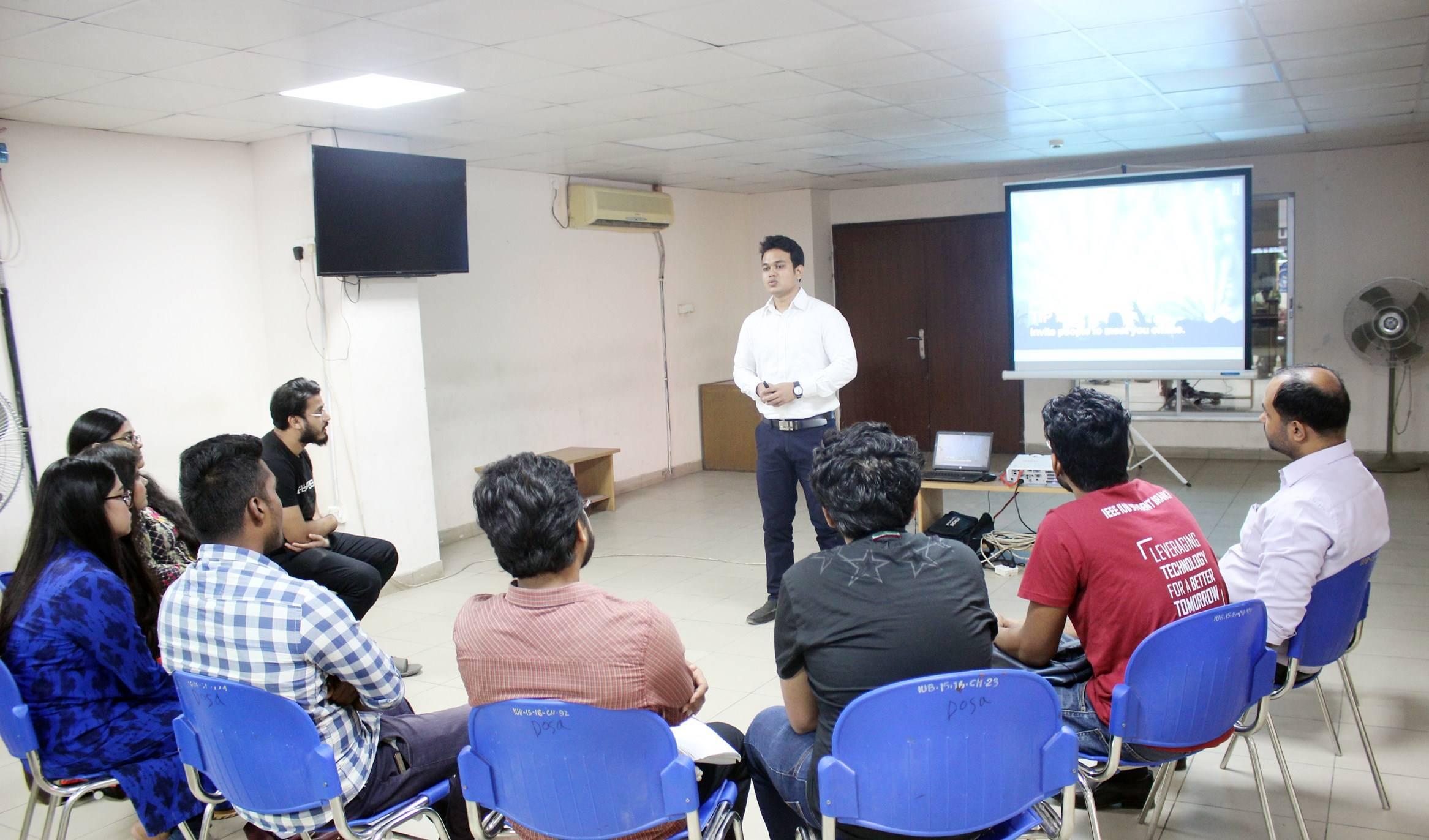 Workshop on LikedIN Profile Development at IUB by ICDB